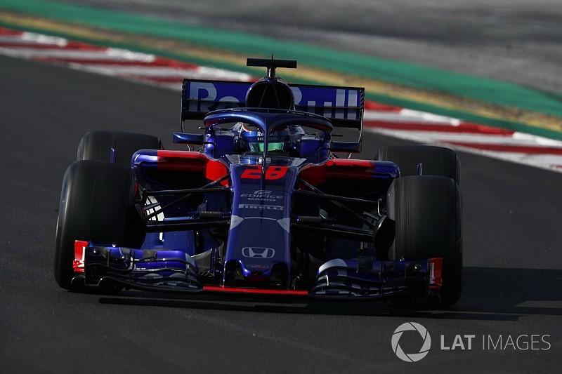 """Lassan """"belakják"""" autóikat a Toro Rosso versenyzői, Kvjatot már el is felejtették a csapatnál"""