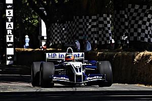 Відео: заїзди болідів Формули 1 на Фестивалі швидкості в Гудвуді
