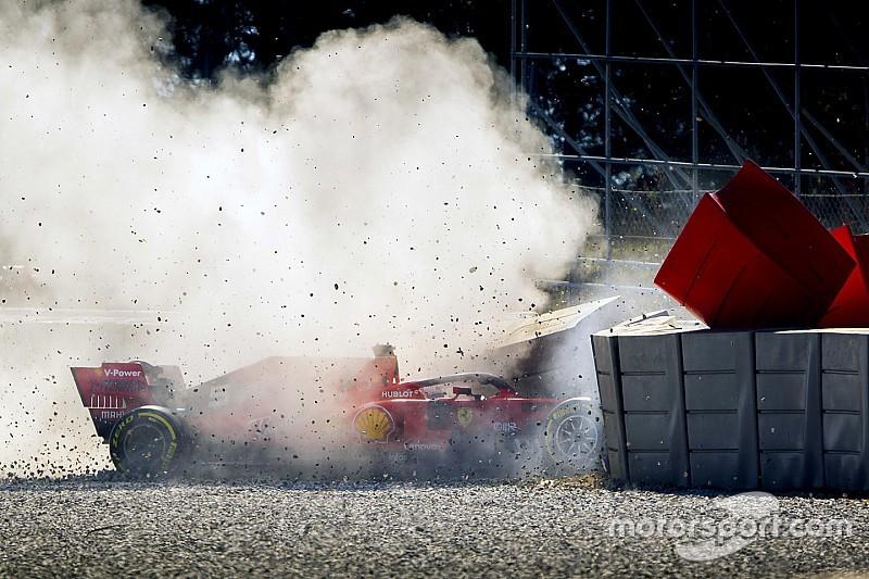 Crash di Vettel: per la Ferrari si è rotto un cerchio dopo l'impatto con un detrito