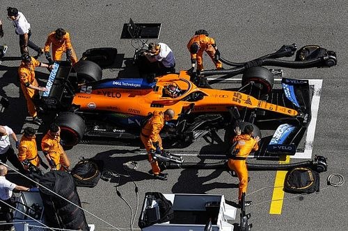 """McLaren: """"No habríamos dejado salir a Sainz, sin tener atado a Ricciardo"""""""