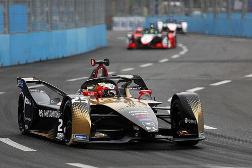 Vergne nyerte a Róma E-Prix drámai első versenyét, nullázott a Mercedes!