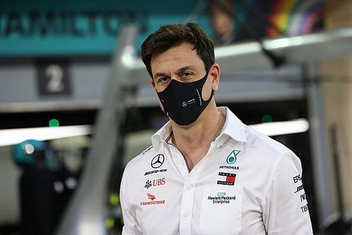 """Wolff: """"F1, yeni motorları 2025'te getirmek için her şeyi yapmalı"""""""