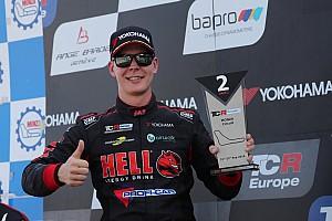 Josh Files continua nel TCR Europe con la Hyundai della Target Competition