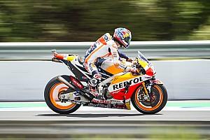 MotoGP Отчет о квалификации Педроса вырвал поул у Маркеса с преимуществом в 0,049 секунды