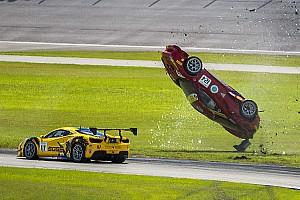 Ferrari Toplijst Fotoreeks: Spectaculaire crash in Ferrari 488 Challenge