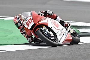 Moto2 Verslag vrije training Warm-up Britse GP: Nakagami voor Oliveira en Morbidelli