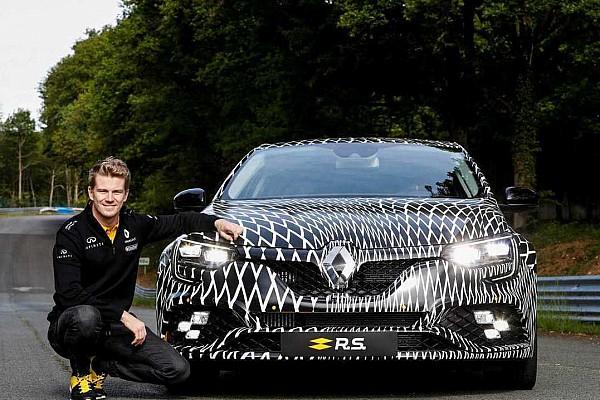 Auto Actualités La nouvelle Renault Mégane R.S. fait le buzz à Monaco