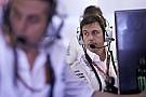 Fórmula 1 Wolff admite possível mudança de estratégia na Mercedes