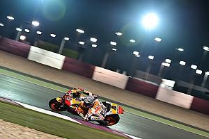 MotoGP Спеціальна можливість Тести MotoGP, Катар: світлини гонщиків у світлі ліхтарів