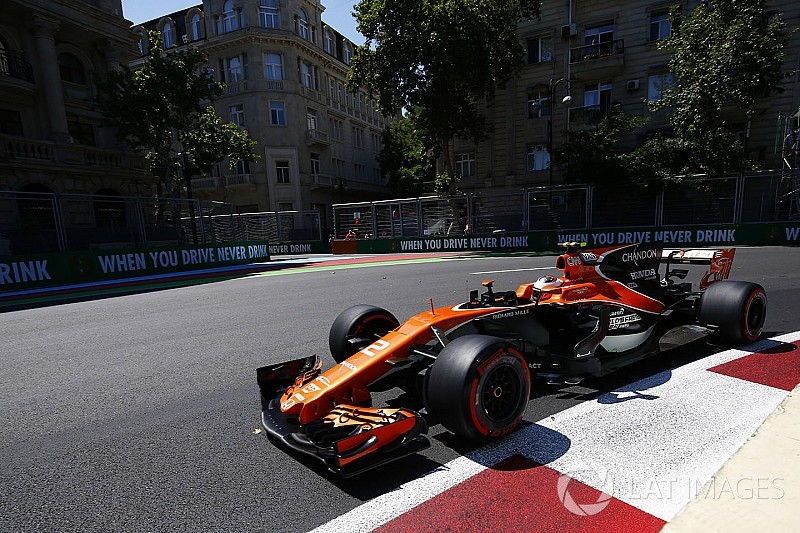 A McLarennél azt remélik, vasárnap is sok rivális hibázik majd