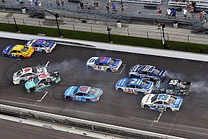 NASCAR Cup Отчет о гонке Brickyard 400 побила рекорд по количеству желтых флагов за гонку