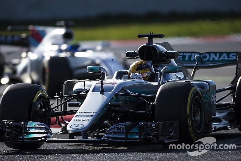 Mercedes предоставит командам новую версию мотора в Австралии