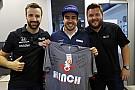IndyCar Össztüzet zúdítottak az Indycar versenyzői Lewis Hamiltonra