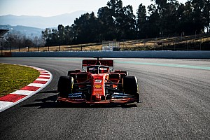A Ferrari SF90 megtette első köreit Montmelóban (videó)