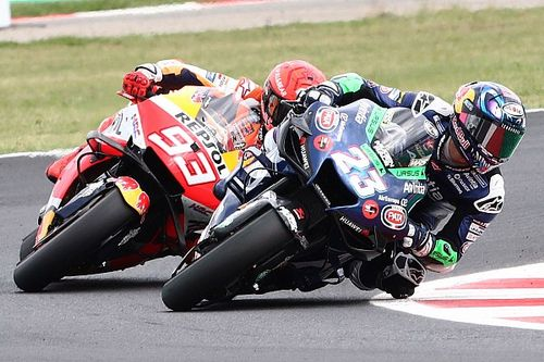 Bastianini s'offre un premier podium en dépassant Márquez et Miller!
