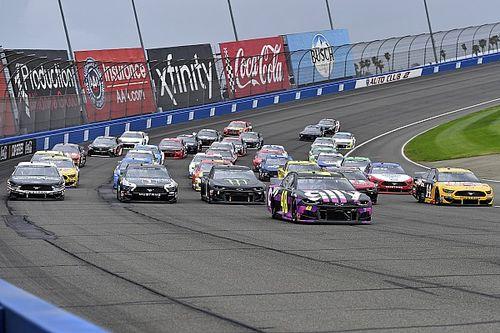 NASCAR ominie Kalifornię