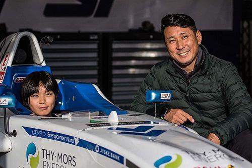 Győzelemmel debütált az ex-F1-es versenyző 14 éves lánya az F4-ben