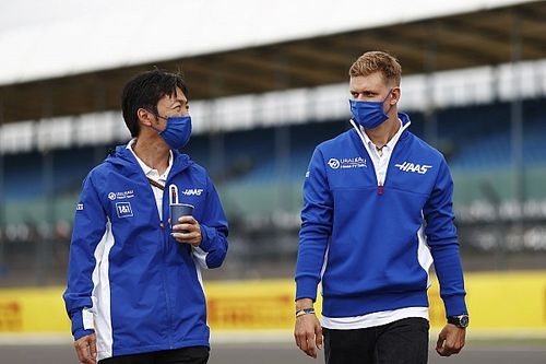 日本人F1チーフエンジニア、小松礼雄が語るミック・シューマッハー「寛大で意欲的な姿勢に皆助かっている」