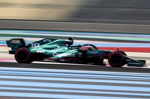 """Aston Martin: """"Pirelli'nin yönergelerine uyulmasına rağmen lastikler patlıyorsa, F1 ciddi bir sorunla yüzleşiyor"""""""