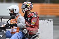 Dovizioso pierde el liderato al caer en la segunda curva