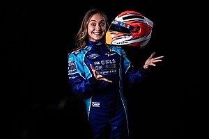Brasileira Júlia Ayoub passa para nova fase de programa da FIA