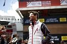 Grosjean még mindig a Ferrariról álmodik