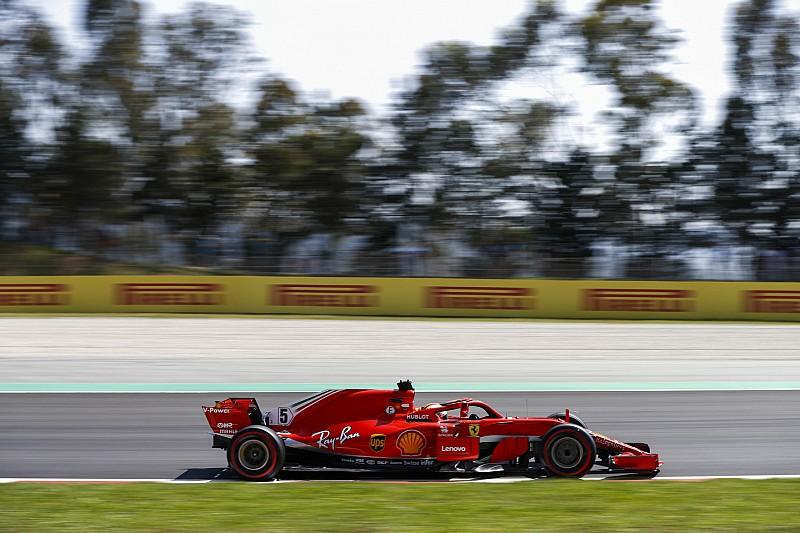 Хемілтон: Ferrari грала в схованки на практиках