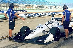 IndyCar Actualités Carlin a fait ses premiers essais