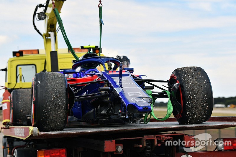 Toro Rosso, 2018'deki kazalar yüzünden 2 milyon euro harcamış
