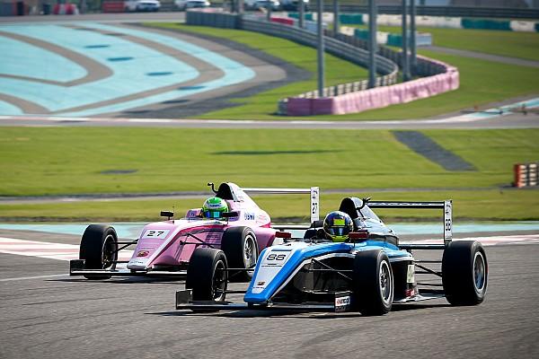 F4 UAE Charles Weerts verslaat David Schumacher en is kampioen Formule 4 UEA