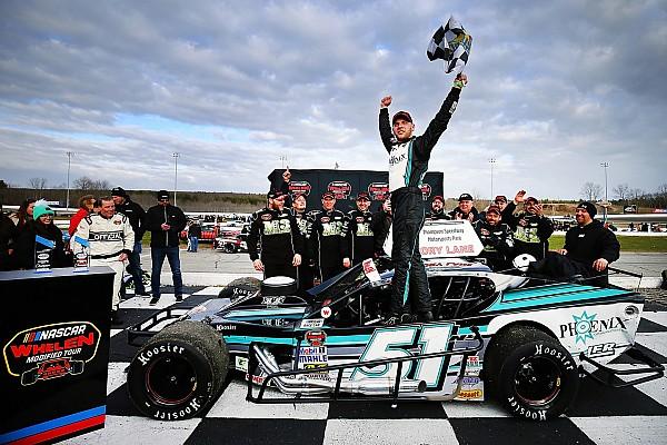 NASCAR Justin Bonsignore slips by to win Icebreaker 150
