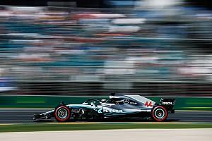 Australian GP: Hamilton pips Verstappen in FP2
