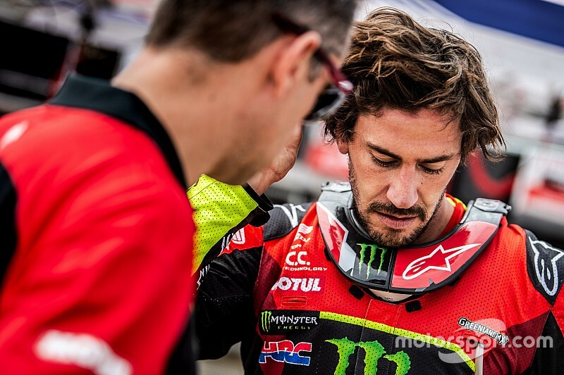Barreda crashes out of Dakar contention