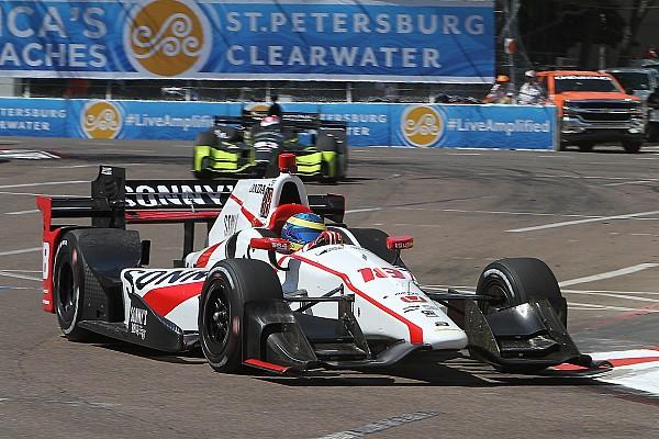 IndyCar Bourdais stunt in seizoensopener IndyCar