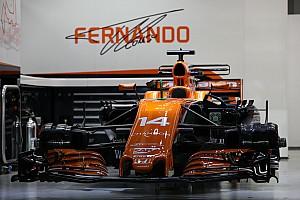 Közeli képeken az F1-es fejlesztések Szingapúrból