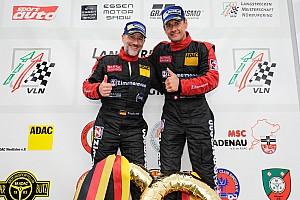 VLN Gara VLN 7: fine di stagione con vittoria per Ivan Jacoma