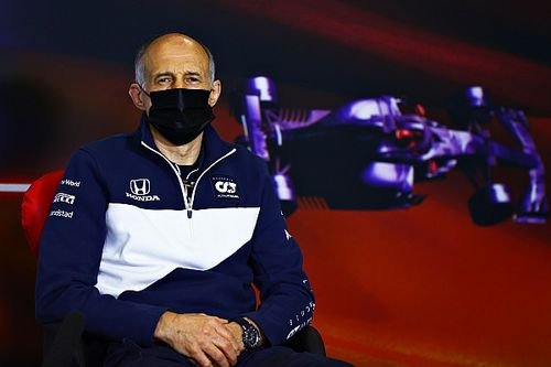 """Tost klaar met geklaag over volle F1-kalender: """"Vertrek dan"""""""