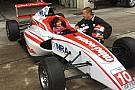 Juju Noda, la niña piloto de monoplazas con solo 12 años