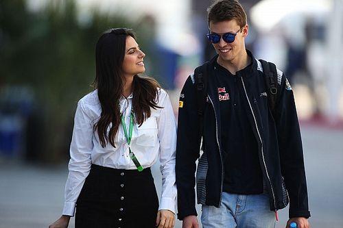 Kelly Piquet revela o nome da filha com Daniil Kvyat