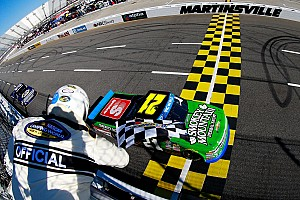 NASCAR Truck Race report Johnny Sauter wins at Martinsville, advances to Championship 4