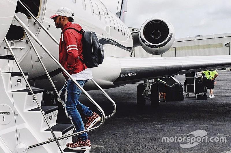 Самолет с членами команды Mercedes не смог приземлиться в Сочи