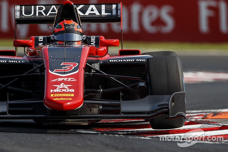 Pirelli prepara un neumático con alta degradación para la nueva F3