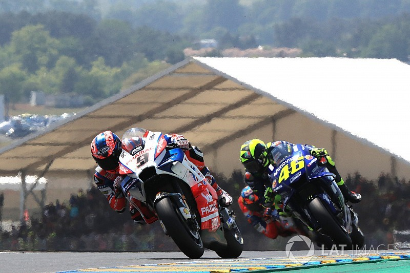 MOTO GP GRAND PRIX DE FRANCE 2018 - Page 2 Motogp-french-gp-2018-danilo-petrucci-pramac-racing-valentino-rossi-yamaha-factory-racing-8393884