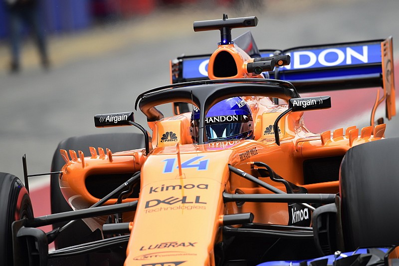 "Alonso believes six teams are in ""big trouble"""