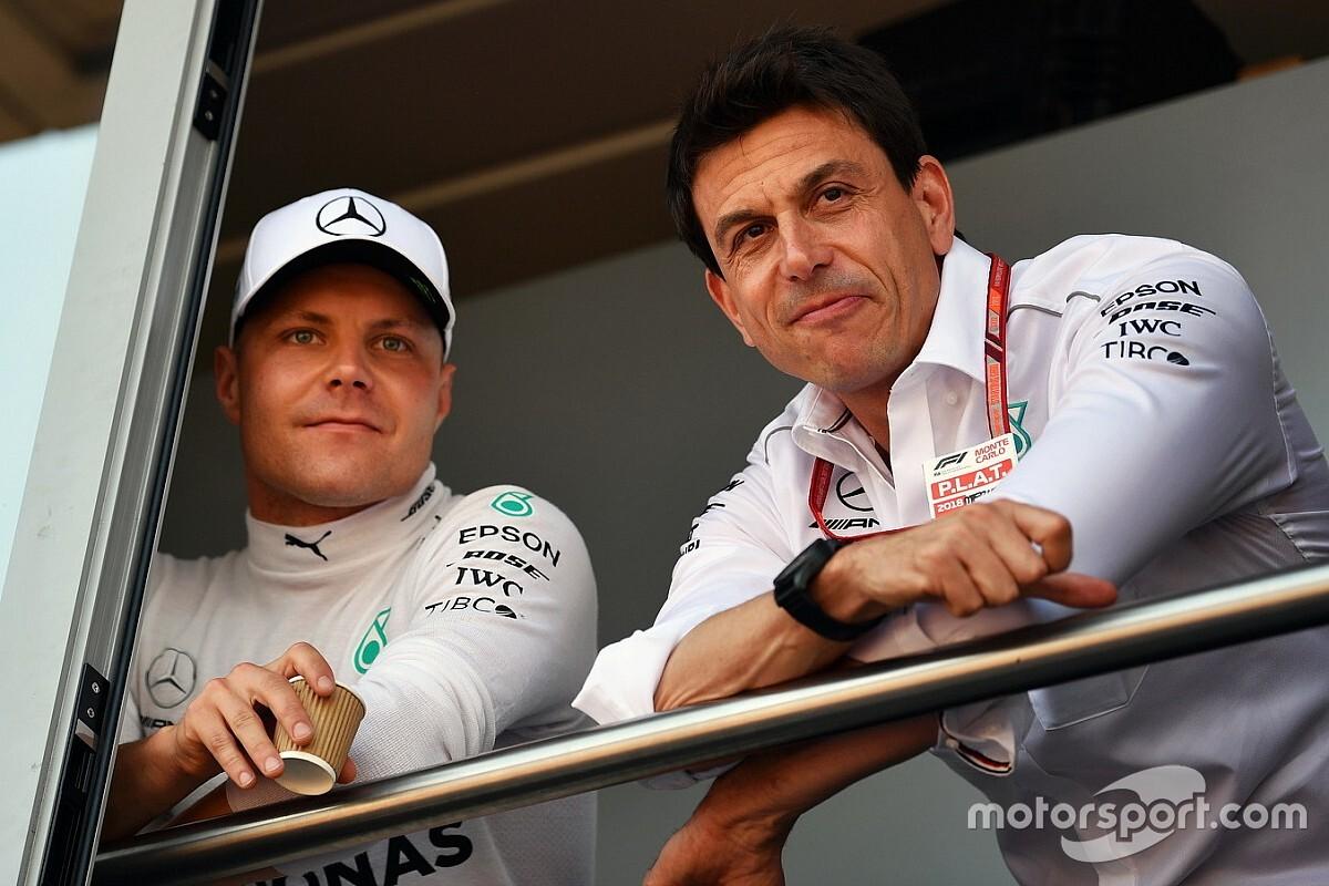 Mercedes: pole de Bottas dificulta uso de ordens de equipe