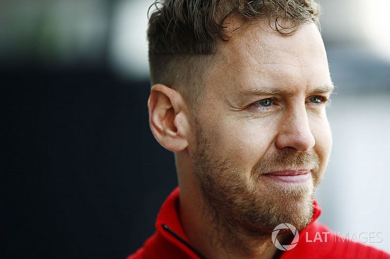 Vettel questiona ultrapassagem de Alonso na China