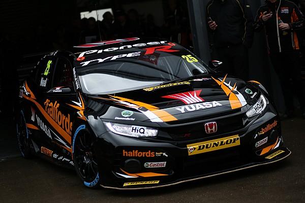 Thruxton BTCC: Neal sets new lap record en route to pole