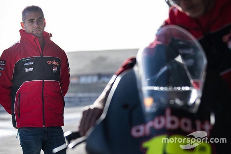 Bautista debutta in Superbike prendendo contatto con la nuova Ducati Panigale V4!