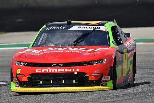 NASCAR: Miguel Paludo é tirado na volta final em Mid-Ohio