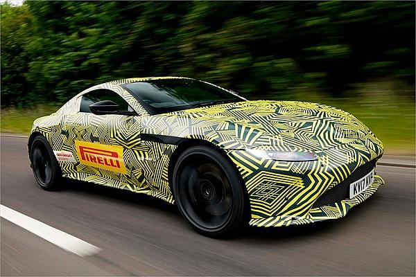 Ферстаппен протестував новий Aston Martin Vantage